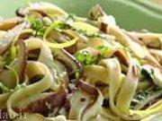 طرز تهیه ماكارونی فتوچینی با قارچ و خامه