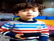 ویدئو :   حرف زدن بامزه کودک !