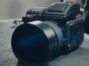 ویدئو :  دوربین ۲۷ هزار دلاری هاسل بلاد H۶D را از نزدیک ببینید