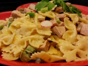 بشقاب غذا خوری یکبار مصرف مجلسی رنگی بسته 150 عددی (3).jpg