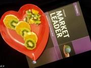 بشقاب میوه خوری یکبار مصرف مجلسی رنگی بسته 150 عددی.jpg