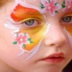 هشدار به والدین؛ روی صورت کودکان نقاشی نکشید!