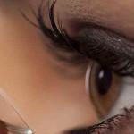عوارض احتمالی استفاده از لنز طبی و لنزهای غیر استاندارد