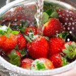 نکاتی بسیار مهم برای شستشوی میوه ها و سم زدایی آنها