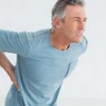 بررسی علتها و شیوههای درمان درد پشت بدن