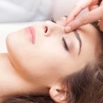 آموزش طب فشاری در خانه برای تقویت باروری
