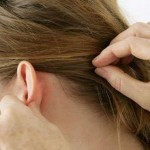 بررسی عوامل سردرد پشت گوش و روشهای درمان آن