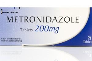 مترونیدازول: ۱۲ نکته درباره کاربرد،مصرف و عوارض داروی مترونیدازول