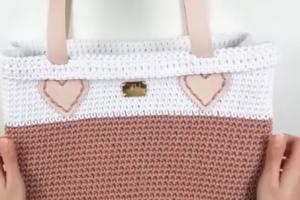 ویدئو : آموزش بافت کیف قلاب بافی فوق العاده زیبا