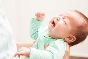 کولیک نوزاد چه زمانی خوب میشه؟