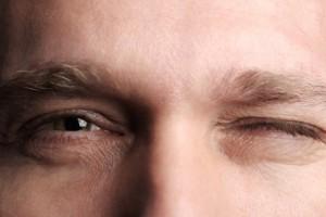 پرش پلک: ۲۰ مهمترین عوامل بروز پرش پلک