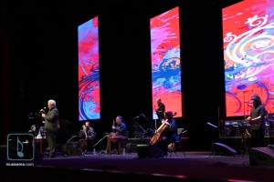 ویدئو:  مهران مدیری مردم را به رقص در آورد!