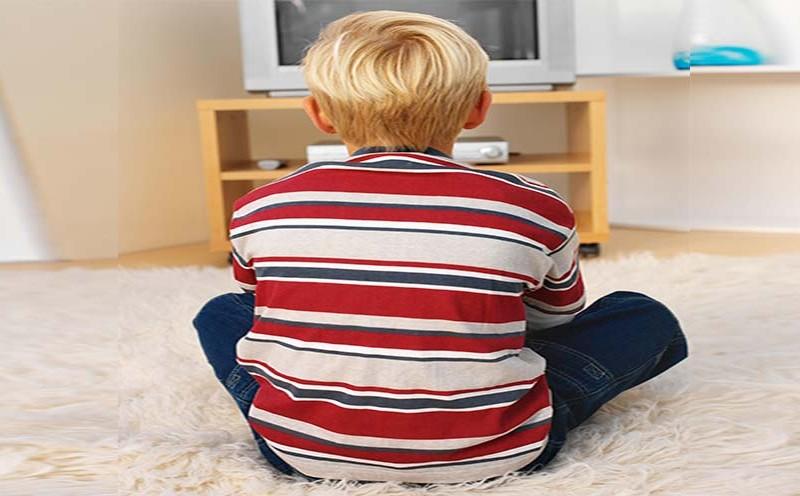 نکاتی که والدین باید در هنگام بازی با کودک رعایت کنند