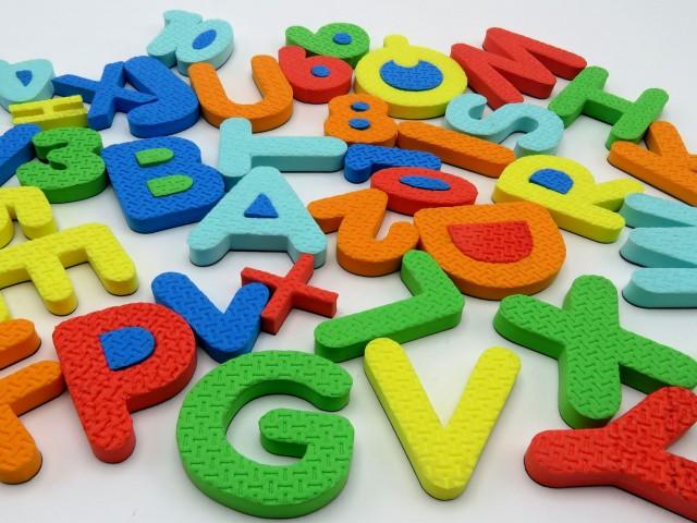 فومی مگنتی حروف و اعداد انگلیسی
