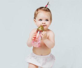 چه شیشه شیری برای نوزاد مناسب است؟