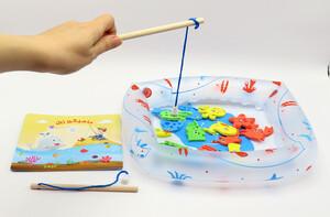 کتاب ماهیگیر زبل (به همراه حوضچه بادی و ماهی های آهنربایی)