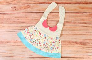 پیشبند طرح لباس نوزادی