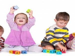 نقش بازی و اسباب بازی در رشد اجتماعی کودک