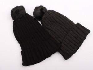 کلاه بافت پوم دار (7 سال به بالا)