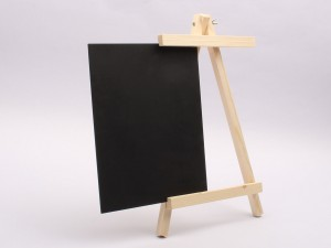 تخته سیاه پایه دار چوبی