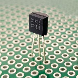 ترانزیستور C1815
