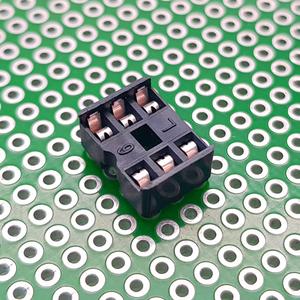 سوکت IC ساده 6پین