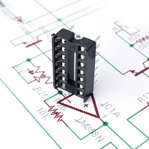 سوکت IC ساده 14پین