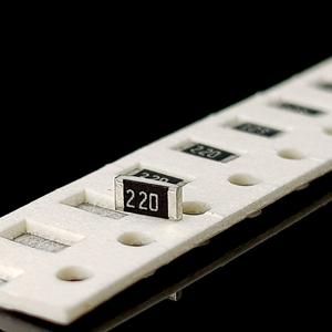 مقاومت 22ohm 1206 SMD