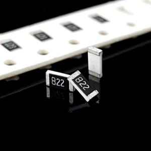 مقاومت 8.2K 1206 SMD
