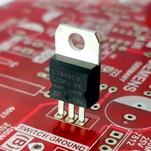 IC L7809CV