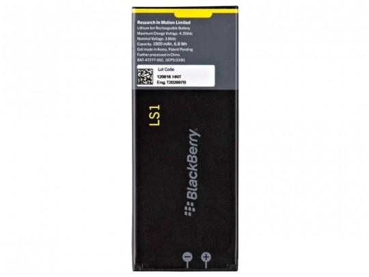 باتری موبایل بلک بری مدل LS1 با ظرفیت 1800mAh مناسب برای گوشی موبایل بلک بری Z10