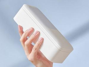 پایه نگهدارنده چندحالته ریموت دار گوشی موبایل توتو مدل V6 Almighty Folding Broadcast Stand