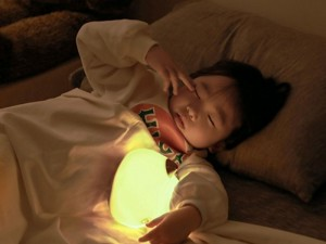 چراغ خواب عروسکی بیسوس طرح گربه مدل kitty Silicone Night Light DGAM-A02