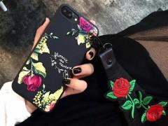 کاور مدل گل رز در شب مناسب برای گوشی آیفون 7-8
