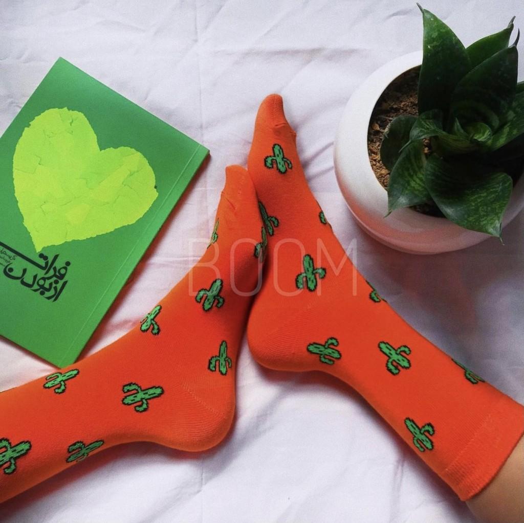 جوراب ساقدار طرح کاکتوس نارنجی