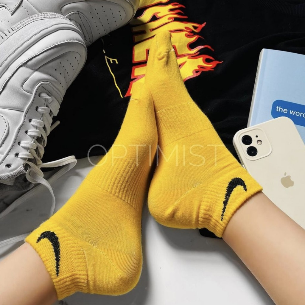 جوراب مچی اسپرت زرد