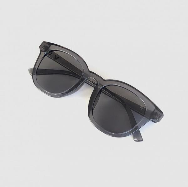عینک آفتابی مدل GM4-GRY