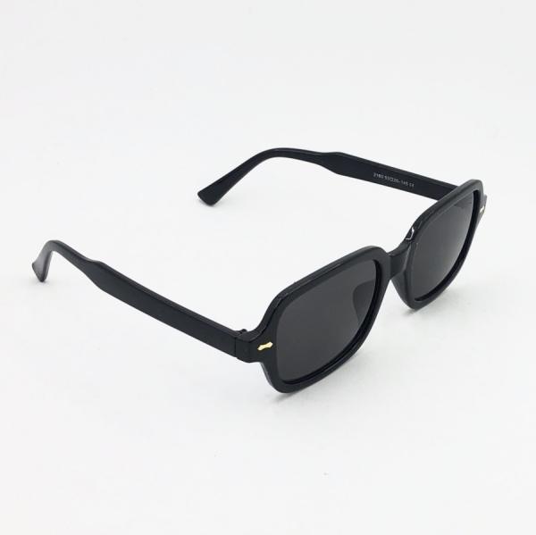 عینک آفتابی مدل RECT-02