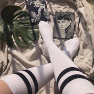 جوراب زیر زانو سفید خطدار
