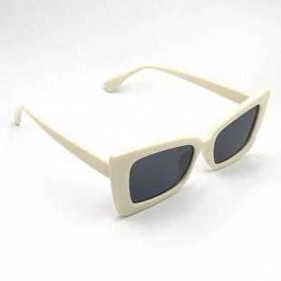 عینک مدل Tron-Bge