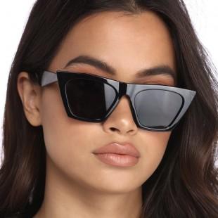 عینک آفتابی مدل 682-Blc