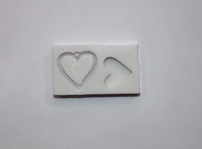 قالب سیلیکونی گردن اویز قلب کد104