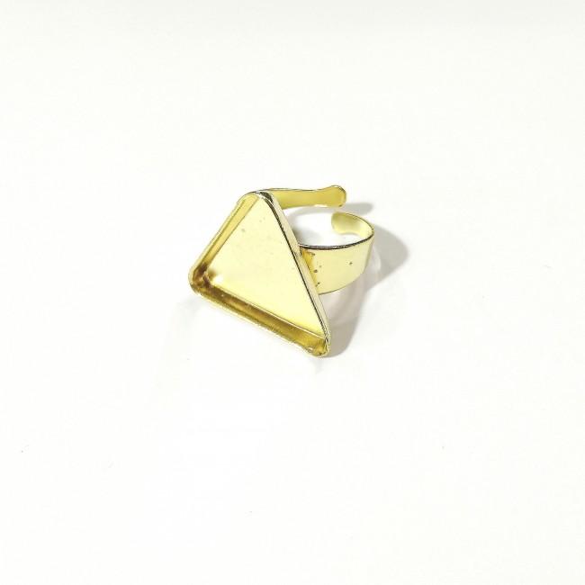 قالب  انگشتر مثلث برنجی  27