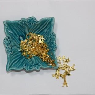 اکسسوری طلایی میکس