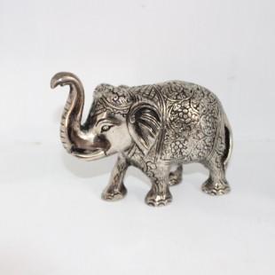 فیل نقره ای متوسط