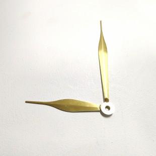 عقربه ساعت نیزه ای طلایی 0010