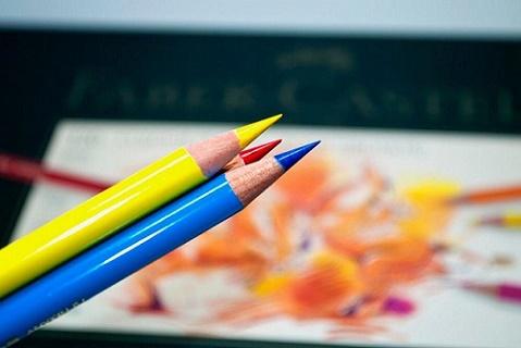 مداد رنگی پلی کروم