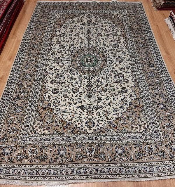 فرش دستبافت کاشان_ابعاد:300*200