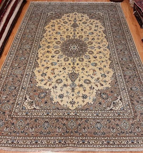 فرش دستبافت کاشان _ابعاد:295*200