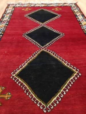 فرش دستبافت شیراز_ابعاد:216*128
